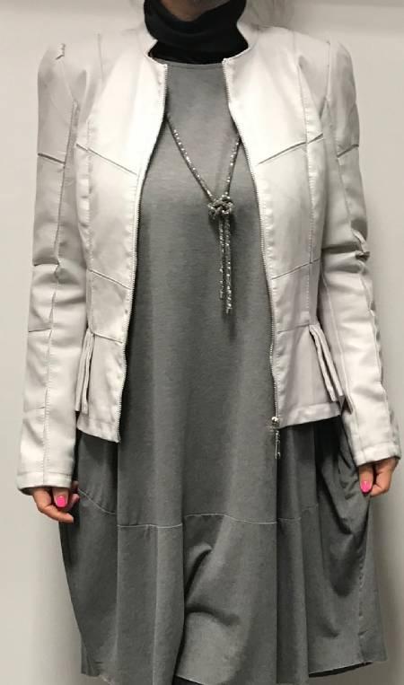 Usnjena jakna