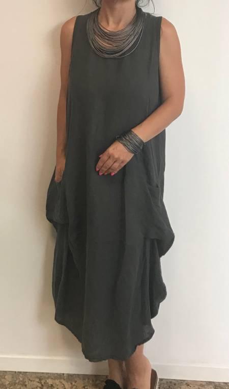 Asimetrična obleka
